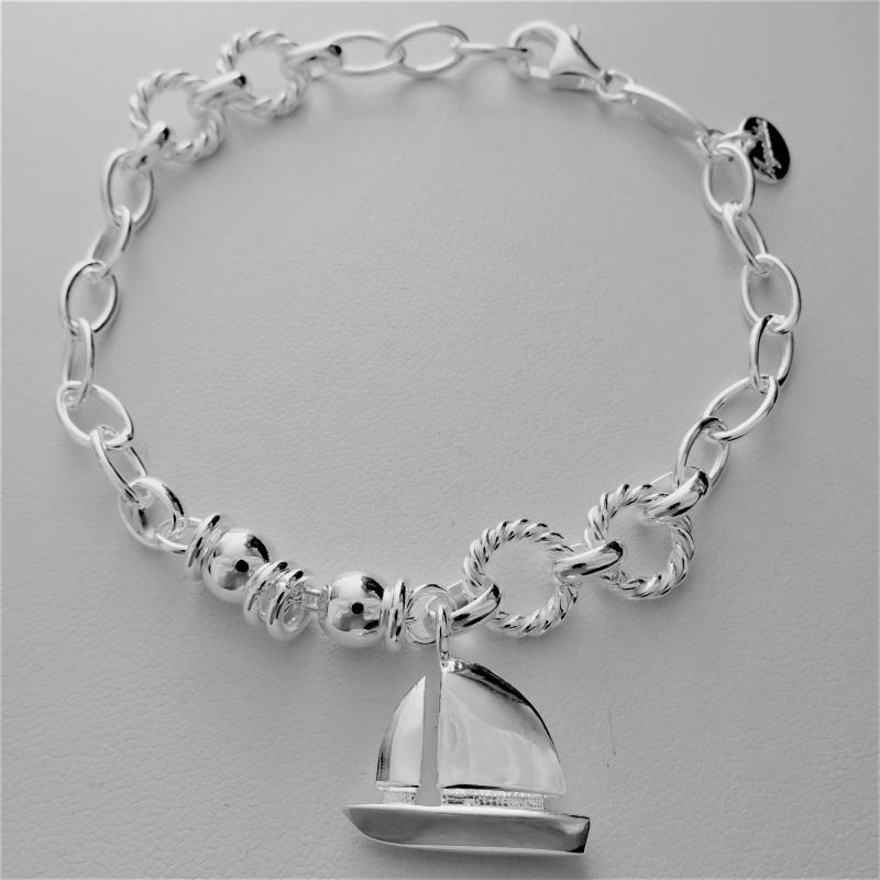 Braccialetto argento con ciondolo barca a vela