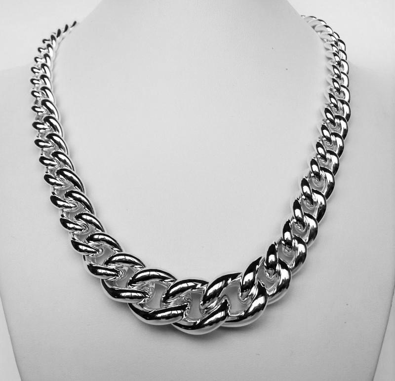 Sterling silver graduated curb necklace
