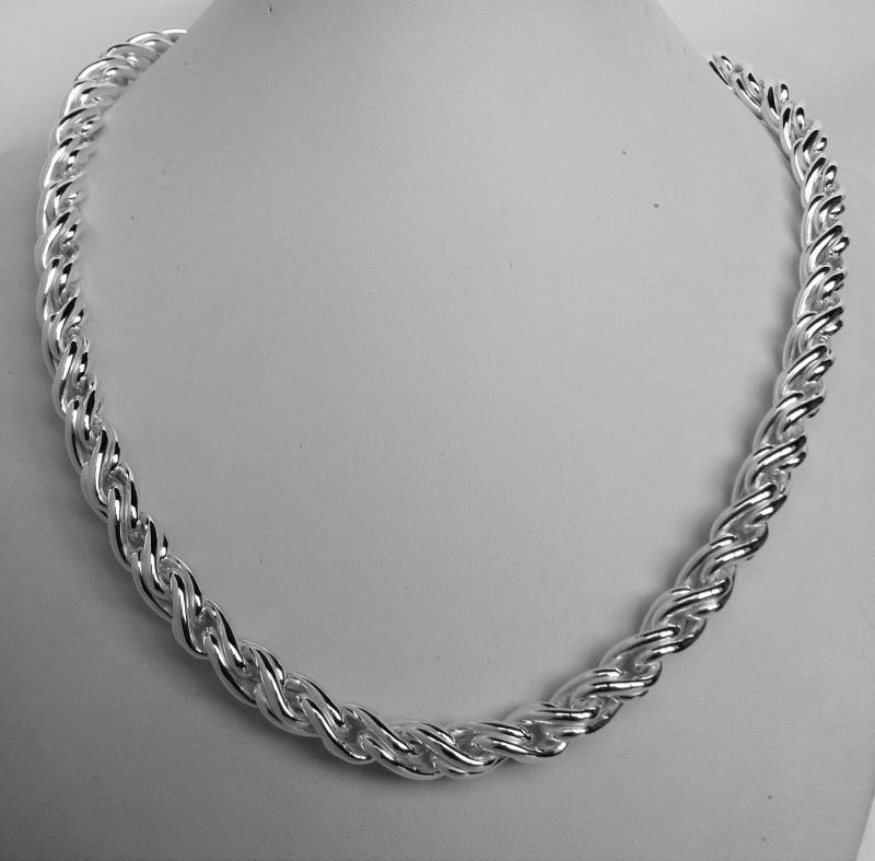 Sterling silver torchon necklace