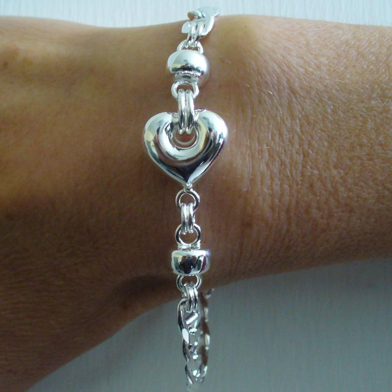Silver bracelet with heart 16mm