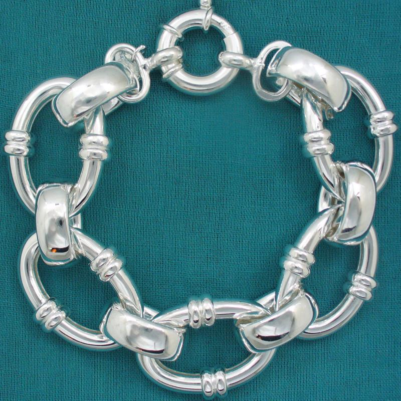 Women's 925 Italy silver bracelet large oval link.