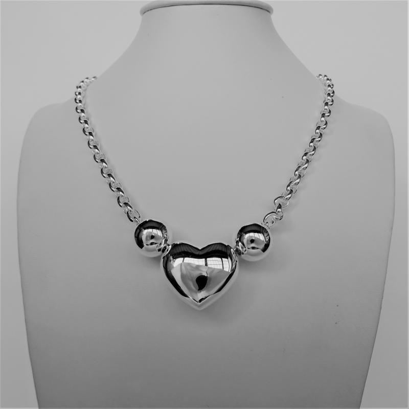 Sterling silver oval rolo necklace with heart