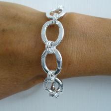 Textured oval link bracelet