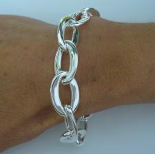 Handmade silver bracelet. Asymmetrical oval link.