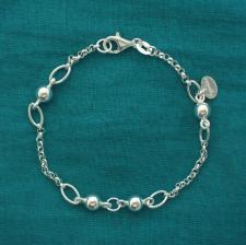 Bracciale catena e palline. Gioielli in argento.