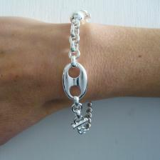 Bracelet crafted in 925 sterling silver. Marina chain motif 16mm.
