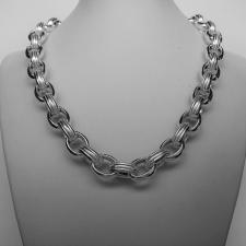 Silver textured link necklace