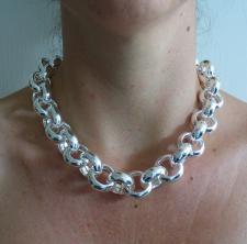 Silver belcher necklace