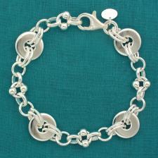 Solid sterling silver, fancy flat link bracelet 13,5mm.