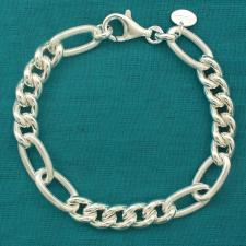 Sterling silver textured oval link bracelet. Curb link 8mm. Hollow link.
