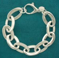 Bracciale artigianale argento 925 maglia forzatina ovale asimmetrica. Larghezza 15mm.
