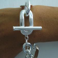 Silver bracelet t bar closure Italy