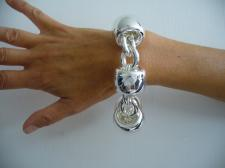 Flashy sterling silver bracelet for womens